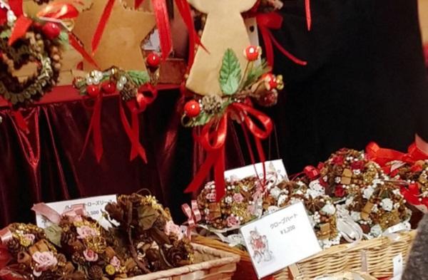 ドイツクリスマスマーケットのヒュッテ